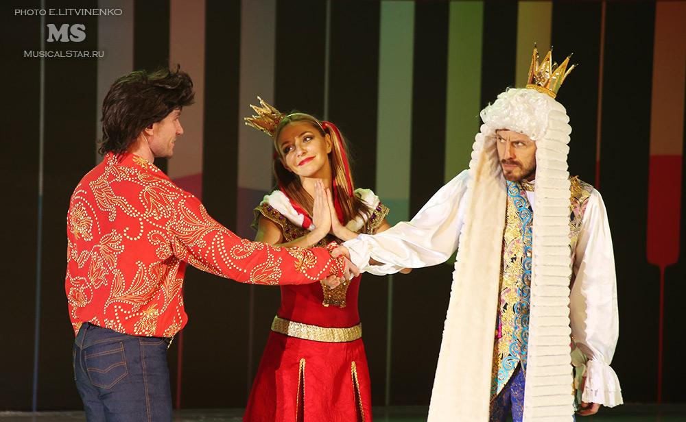 http://musicalstar.ru/wp-content/gallery/bremenskie-muzykanty-na-ldu/IMG_8347_2.jpg
