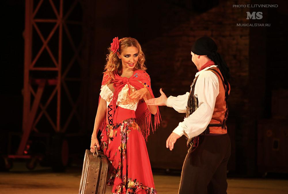 http://musicalstar.ru/wp-content/gallery/karmen/IMG_1658_2.jpg